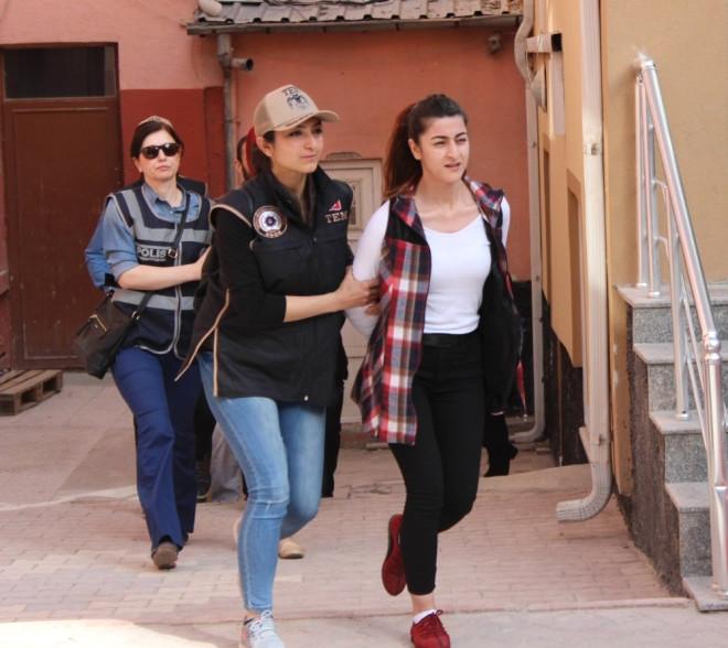 PKK Operasyonunda Gözaltında Olan 15 Öğrenci Adliyeye Sevk Edildi