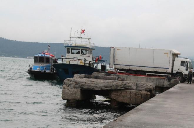 Sarıyer'de Tekneye Kaçak Sigara Operasyonu
