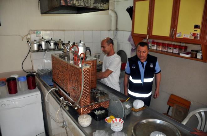 Nazilli'de Kahvehaneler Denetleniyor