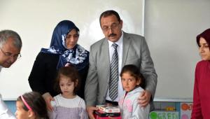 Mersin'de Şehit Ailesinden Öğrencilere Anlamlı Hediye