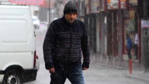 Sivas'ta Ani Yağmur Hayatı Olumsuz Etkiledi