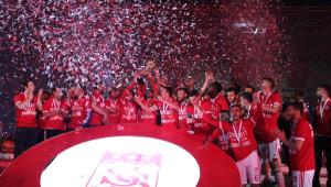 Sivasspor Şampiyonluk Kupasını Aldı