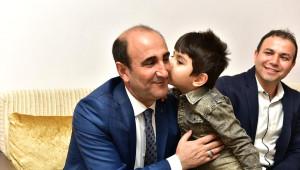 Başkan Edebali, 69 Mahallede 354 Haneyi Ziyaret Etti