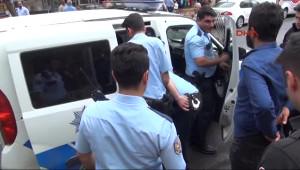 Şanlıurfa 'Yaralama' Suçundan Gözaltına Alınıp Kaçak Işyeri Yıkıldı