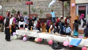 Şemdinli'de Engellilere Yararına Kermes