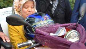 Denizli Engelli Genç Kızın Akülü Motosiklet Sevinci