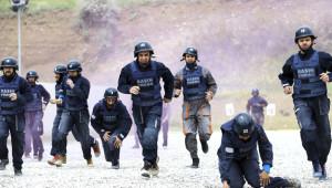 Özel Harekatçılardan Savaş Muhabirlerine Eğitim