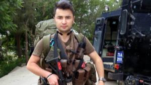 Şehit Özel Harekat Polisinin Evine Ateş Düştü