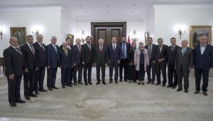 Başbakan Yıldırım, Çatalca ve Silivri'den Gelen Köy Muhtarlarını Kabul Etti