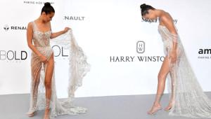 Bella Hadid'e Tek Kıyafet Yetmedi