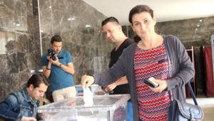 Vatandaşlar Pazar Yeri İçin Halk Oylamasına Gitti