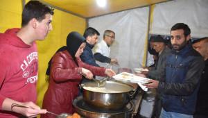 Dursunbey'de İftar Çadırlarına Yoğun İlgi