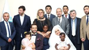 Fedakar Türk Öğretmenlere Afrika'da Dillere Destan Düğün