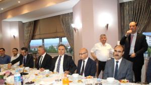 Denizli Protokolü Ahıska Türkleri, Türkmenler ve Suriyelilerle İftarda Buluştu