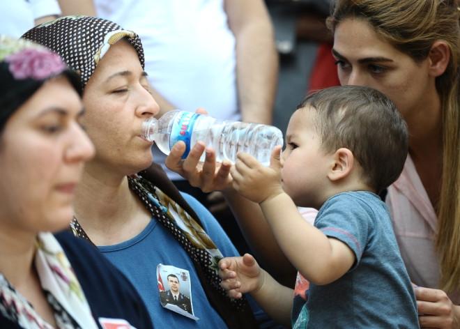 Gözyaşları Şehit Yüzbaşı İlker Acar İçin Aktı