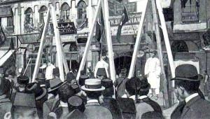 Eminönü'nde İdam Sehpaları! İstanbul'un Bu Hallerini Bilen Var mı?