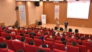 Kocasinan Akademi'de, İmam ve Müezzin Adaylarına Nefes Alma Tekniklerini Anlatıldı