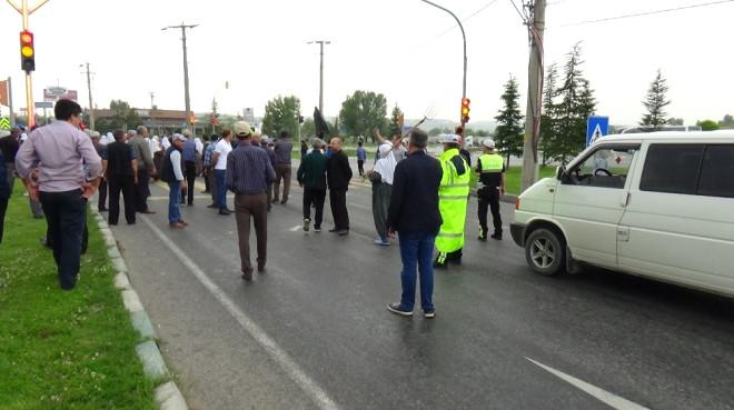 Kütahya'da Baltalı, Tırpanlı, Yol Kapatmalı Mera Eylemi