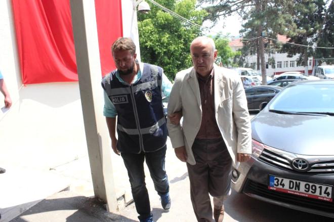 Nkü'ye Düzenlenen Fetö Operasyonunda Gözaltına Alınanlar Sağlık Kontrolünden Geçirildi