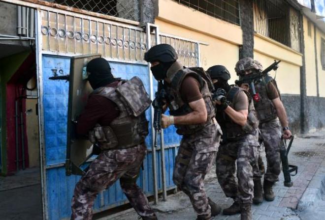 Adana'da 500 Polisle Kaçak Avı