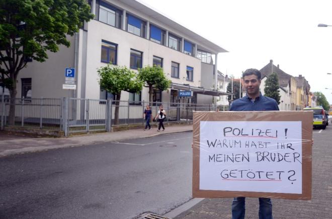 Alman Polisinin Şiddet Uyguladığı Türk Öldü