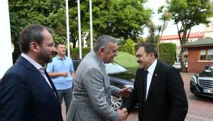 Bakan Eroğlu Büyükşehir Belediyesini Ziyaret Etti