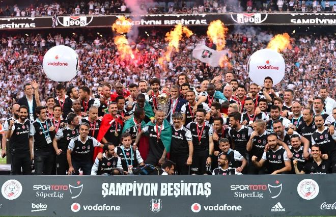 Beşiktaş Kupasına Kavuştu