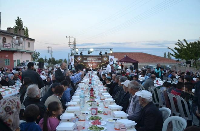 Bünyan Belediyesi Binlerce Vatandaşı Aynı İftar Sofrasında Buluşturuyor