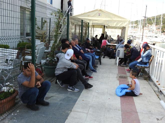 Çeşme'de 116 Kaçak Göçmen Yakalandı