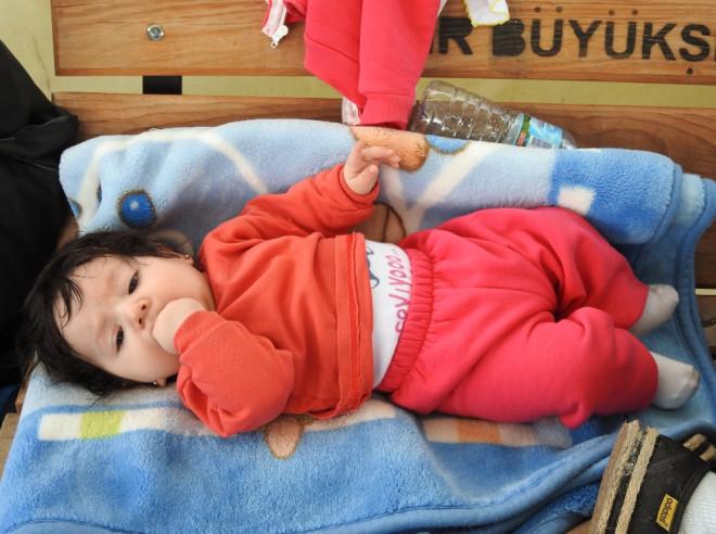 Çeşme'de Yakalandılar: Aralarında Çocuklar da Var