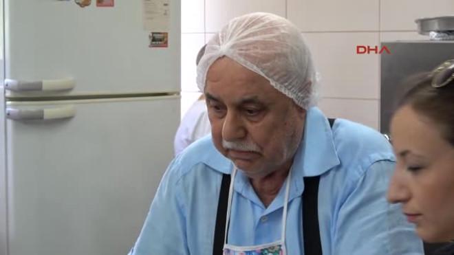 Izmir Eşini Kaybetti, 75 Yaşında Yemek Kursuna Gidip Hayata Tutundu