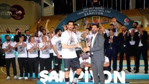 Şampiyonluk Kupası Astra Group Sakarya Büyükşehir Belediyesi'nin