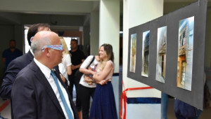 Başkan Eşkinat Üç Boyutlu Fotoğraf Sergisi'nin Açılışına Katıldı