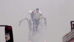 Şanlıurfa'da Gıda Deposunda Yangın