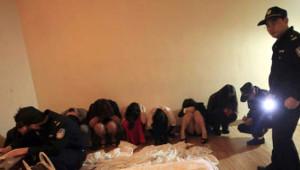 Tayland'da Askerler Genelev ve Gece Kulüplerine Baskın Düzenledi