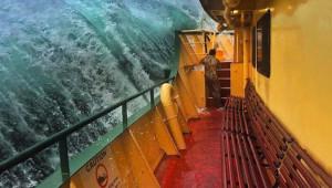 Denizde Çekilen 10 Korkunç Felaket Anı
