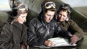 Sovyet Birliği'nin Kadın Savaş Pilotlarından Nostaljik Kareler
