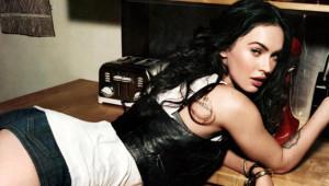 Megan Fox, İç Çamaşırlı Fotoğrafıyla Takipçilerini Çıldırttı