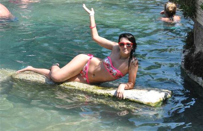 Denizli'deki Kleopatra Antik Havuzu Bodrum ve Antalya'yı Aratmıyor