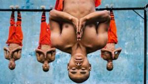 Shaolin Rahiplerinin Bedensel Sınır Tanımayan Kung-Fu Sanatı
