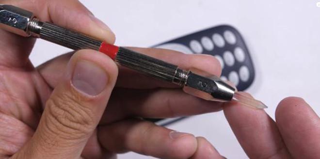 Nokia 3310'un dayanıklılık testi