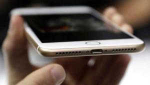 iPhone 8 ve iPhone X Geliyor! Bakın Ne Zaman Tanıtılacak?