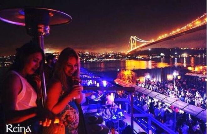 İstanbul'un Zengin Çocukları Dünya Basınında Olay Yarattı!