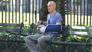 Oscar Ödüllü Oyuncuyu, Parkta Tek Başına Gören Şaştı Kaldı