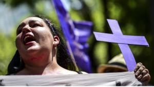 Fotoğraflarla: Meksika'da Kadın Cinayetlerine Karşı Protestolar