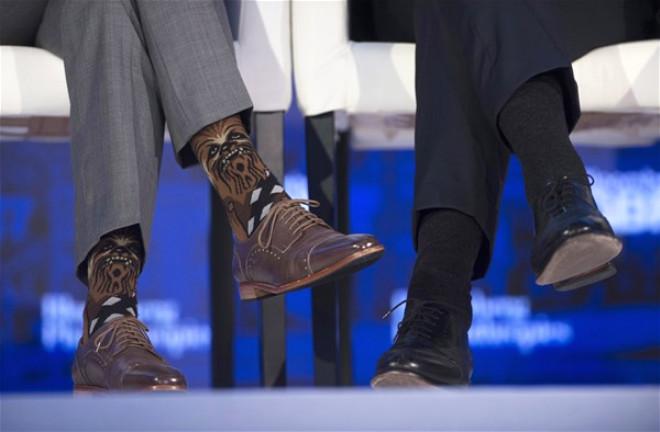 Kanada prezidentinin rəngli corabları olay oldu