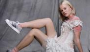 Kıllı Bacaklarıyla Reklamda Oynayan İsveçli Modele Tecavüz Tehdidi