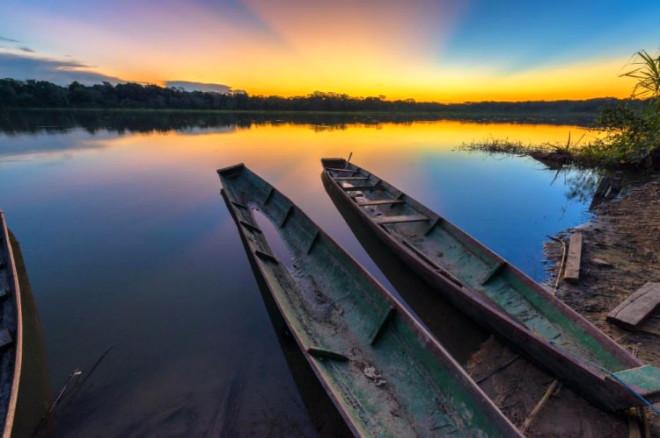 Dünyanın En Tehlikeli Bölgelerinden Biri! Bu Göle Dokunan Ölüyor