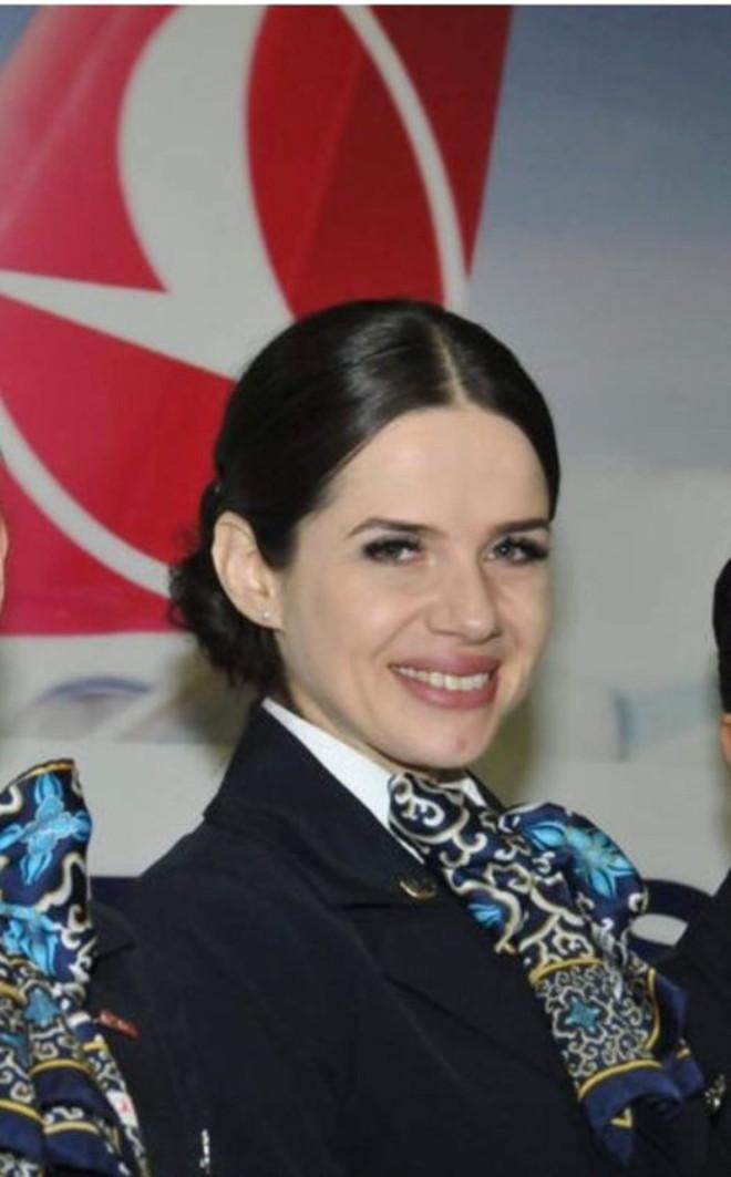 Türk Hava Yolları Hostesi Bikini Şampiyonu Oldu