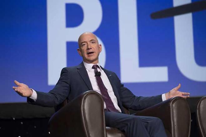 Amazon'un Kurucusu, Milyar Dolarlık Servetiyle Bill Gates'i Bile Geçti